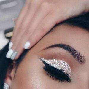 آموزش آرایش چشم در کرج